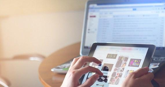 Uważajcie na oszustów podszywających się pod firmy pożyczkowe. Urząd Ochrony Konkurencji i Konsumentów ostrzega przed firmą GELDOR Artur Karwot z Rybnika, która założyła co najmniej 81 stron internetowych.