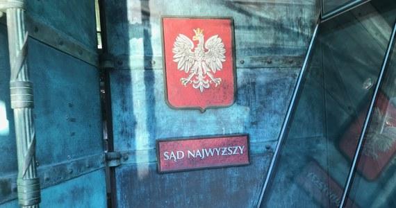 """Polska przekazała Komisji Europejskiej raport na temat dostosowania się do oczekiwań Trybunału Sprawiedliwości Unii Europejskiej w sprawie Sądu Najwyższego - poinformował RMF FM wysoki rangą polski dyplomata. """"Przekazaliśmy pełną informację na temat podjętych działań. Polska w pełni wypełniała oczekiwania TSUE jeżeli chodzi o kwestię dostosowania się do oczekiwań TSUE w sprawie SN"""" - powiedział."""