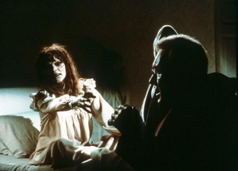 """W wieku kilkunastu lat zagrała w kultowym horrorze, dzięki czemu nagle stała się gwiazdą. Jej kariera skończyła się jednak równie szybko, jak się zaczęła. Linda Blair, pamiętna Regan z """"Egzorcysty"""", kończy 22 stycznia 60 lat."""
