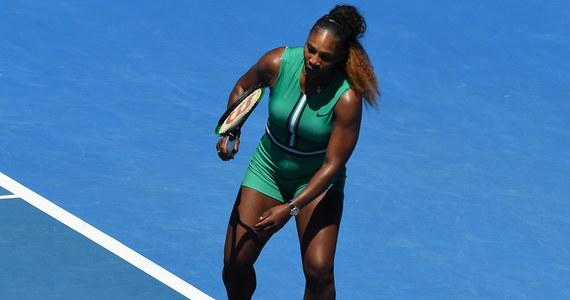 Amerykanka Serena Williams nie wygra w tym roku po raz ósmy turnieju Australian Open. Rozstawiona z numerem 16. tenisistka, która walczyła o 24. wielkoszlemowy tytuł w singlu, przegrała w ćwierćfinale imprezy w Melbourne z Czeszką Karoliną Pliskovą (7.) 4:6, 6:4, 5:7.