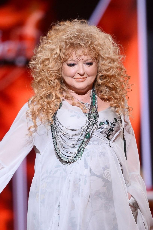 """""""Czekam w TVN"""" to nowa piosenka promująca wiosenną ramówkę TVN. W utworze zaśpiewały wszystkie największe gwiazdy stacji. Posłuchaj!"""
