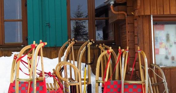 W sobotę w kolejnych czterech województwach: dolnośląskim, mazowieckim, opolskim i zachodniopomorskim rozpoczną się ferie zimowe. Uczniowie z tych regionów będą odpoczywać do 10 lutego.