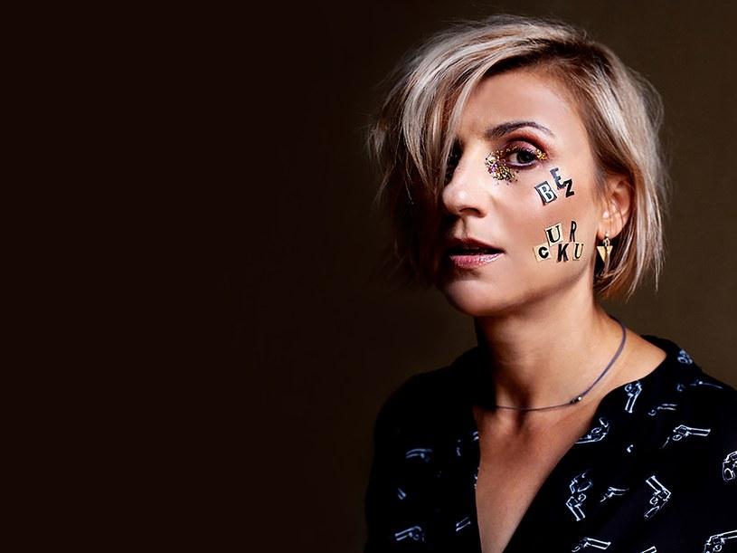 """- Nigdy nie byłam zawistna, w ogóle nie czuje klimatu konkurencji - opowiada w rozmowie z Interią Novika, która właśnie wypuściła swój czwarty album solowy - """"Bez cukru""""."""