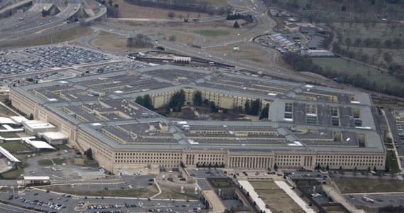 Do marca Pentagon przedstawi swoją ocenę projektu ulokowania w Polsce stałej bazy wojsk Stanów Zjednoczonych - powiedział szef MON Mariusz Błaszczak. Zapewnił, że rozmowy prowadzone w tej sprawie przebiegają w dobrej atmosferze.
