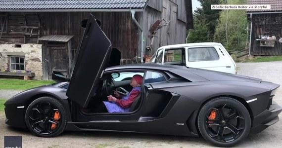 Mieszkająca wysoko w austriackich Alpach 81-letnia babcia Irma nigdy nie prowadziła samochodu. Zachęcona przez swojego bratanka Andreasa Siebenhofera usiadła za kierownicą Lamborghini Aventadora. Kobieta była pod wrażeniem odgłosów, które wydawała silnik tego supersamochodu.