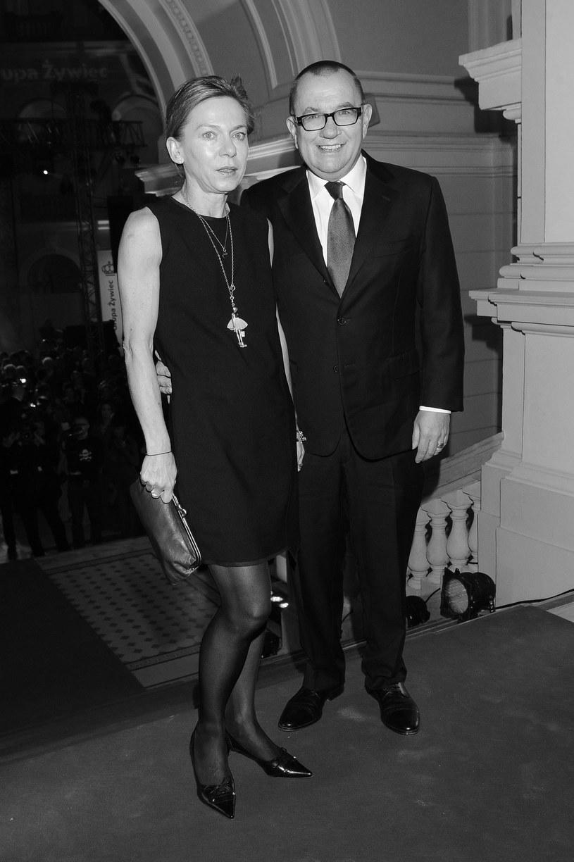 22 stycznia w wieku 55 lat zmarła Dorota Bryndal, żona dziennikarza Rafała Bryndala, autora tekstów dla grupy Poparzeni Kawą Trzy.