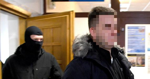 Sąd w Tarnobrzegu uwzględnił wniosek o trzymiesięczny areszt dla byłego rzecznika MON Bartłomieja M. Wczoraj mężczyzna usłyszał zarzuty.