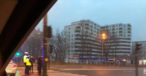 Policja szuka sprawców, którzy w czwartek nad ranem w rejonie ulicy Teligi w Krakowie wysadzili bankomat. Informację dostaliśmy na Gorącą Linię RMF FM. Nie wiadomo, ile pieniędzy skradli.