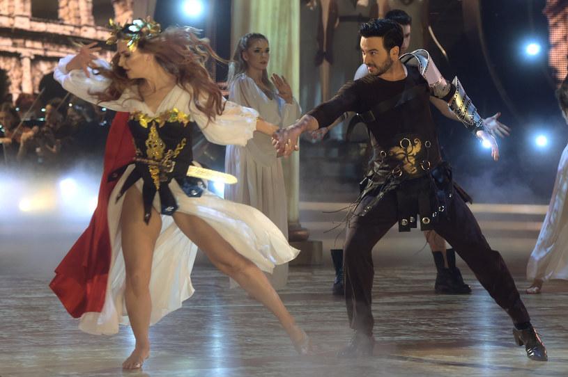 """Poznaliśmy pełną listę tancerzy, którzy zatańczą ze znanymi Polkami w 9. edycji popularnego programu """"Dancing with the Stars. Taniec z gwiazdami"""". Wcześniej telewizja Polsat potwierdziła tylko jednego z nich - Stefano Terrazzino."""