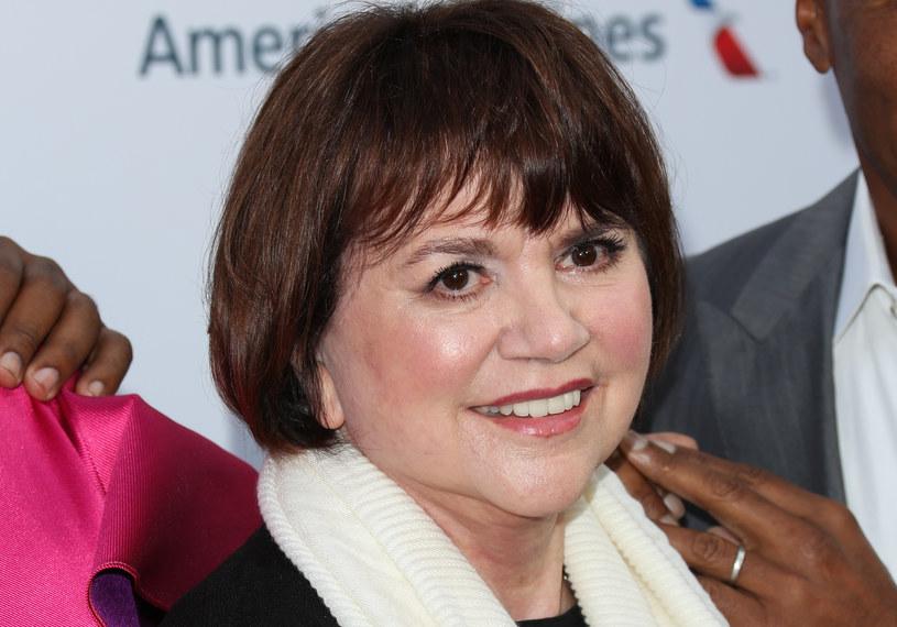 72-letnia Linda Rondstadt, amerykańska wokalistka, autorka tekstów i producentka, zdobywczyni nagród Grammy od niemal dekady zmaga się z chorobą Parkinsona. W najnowszym wywiadzie ujawnia, że najbardziej boi się cierpienia związanego z postępującym schorzeniem.