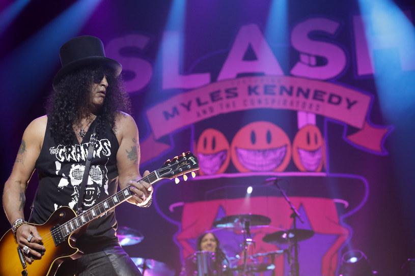 W przyszły wtorek (12 lutego) w Atlas Arenie wystąpi Slash ft. Myles Kennedy & The Conspirators. Z tej okazji fani przygotowują akcję specjalną..