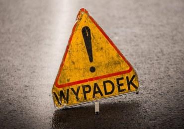 Tragiczny wypadek w Łódzkiem. Dwie osoby zginęły, a pięć zostało rannych