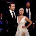 """Oscary 2019: Lady Gaga i Bradley Cooper zaśpiewają """"Shallow"""" na gali"""