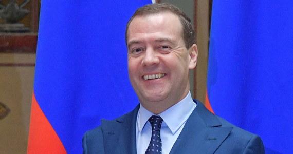 W ciągu najbliższych czterech lat Moskwa przeznaczy ok. 310 mld rubli (ok. 4 mld euro) na inwestycje w infrastrukturę na Półwyspie Krymskim - zapowiedział premier Rosji Dmitrij Miedwiediew.