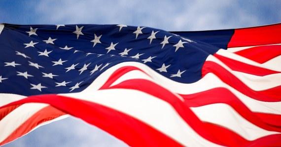 Tylko 3,99 procent odmów przyznania Polakom wiz do Stanów Zjednoczonych w 2018 roku - takie dane opublikował właśnie Departament Stanu USA. Oznacza to, że jeszcze nigdy wcześniej Polska nie była tak blisko zniesienia wiz do USA.
