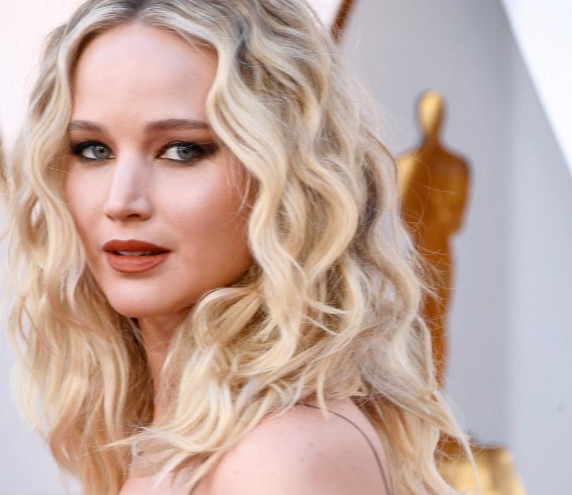 Jennifer Lawrence zaręczyła się, a jej wybrankiem jest Cooke Maroney, z którym spotyka się od ośmiu miesięcy. Kim jest narzeczony hollywoodzkiej gwiazdy?