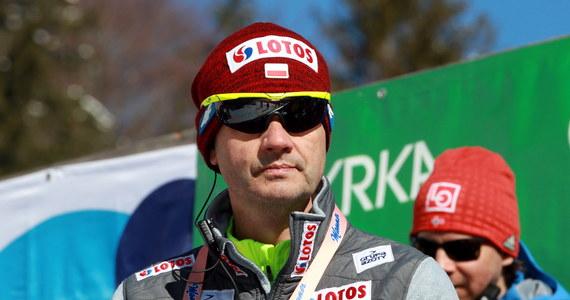 Odkąd trener niemieckich skoczków narciarskich Werner Schuster zapowiedział, że po sezonie odejdzie ze stanowiska, ruszyła lawina spekulacji. Głównie w Polsce i Niemczech. Nie jest przecież tajemnicą, że po sezonie wygasa kontrakt Stefana Horngachera. Austriacki szkoleniowiec jest głównym kandydatem do zastąpienia Schustera i nie chodzi jedynie o sukcesy, które odnosi z biało-czerwonymi.