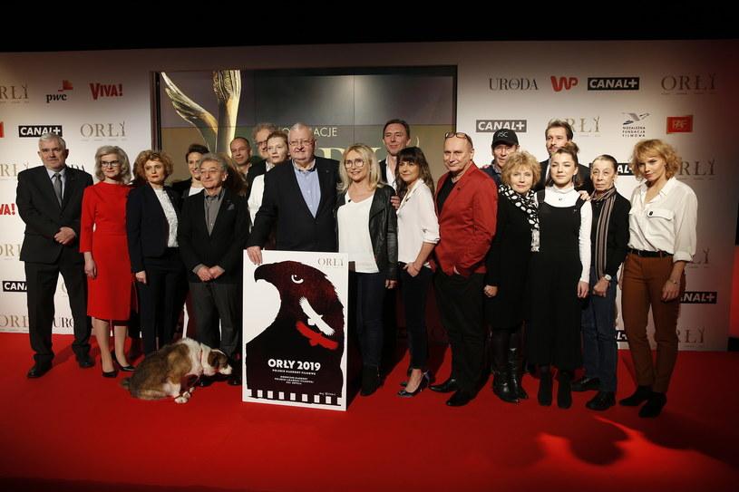"""W środę, 6 lutego, w siedzibie Canal+ w Warszawie ogłoszono nominacje do Polskich Nagród Filmowych Orły, nazywanych """"polskimi Oscarami"""". Najwięcej nominacji - dwanaście - otrzymała """"Zimna wojna"""". Podczas ceremonii doszło do niemałego skandalu - zaginęła jednak z kopert z nominacjami za najlepszy film dokumentalny."""