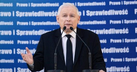 """Z oświadczeń polityków PiS wynika, że szef partii mógł prowadzić rozmowy w imieniu spółki Srebrna. """"Prezes Jarosław Kaczyński miał prawo żeby prowadzić określone rozmowy i miał do tego upoważnienia"""" - stwierdziła dziś rzeczniczka PiS Beata Mazurek. To zdanie może jednak ściągnąć poważne kłopoty na bronionego w ten sposób szefa PiS."""
