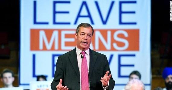 Brytyjska Komisja Wyborcza poinformowała w piątek o rejestracji nowego ugrupowania politycznego Partia Brexitu, któremu poparcia udzielił m.in. były lider eurosceptycznej Partii Niepodległości Zjednoczonego Królestwa (UKIP) Nigel Farage.