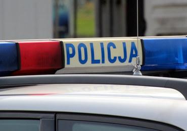 Pościg za pijanym kierowcą. Dwóch policjantów zostało rannych