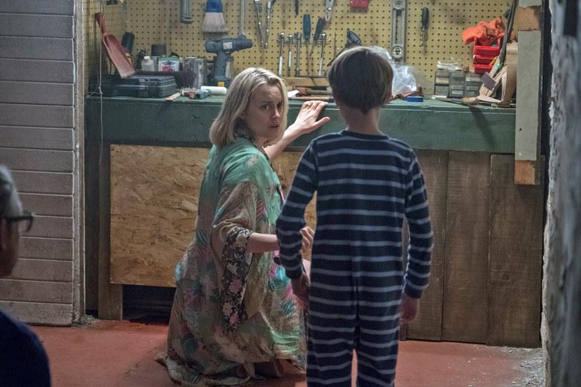 """Horror """"Prodigy. Opętany"""", z Taylor Schilling, gwiazdą przebojowego serialu Netflixa """"Orange is the New Black"""" (nominacja do Złotego Globu dla najlepszej aktorki w serialu dramatycznym oraz do nagrody Emmy dla najlepszej aktorki pierwszoplanowej w serialu dramatycznym), w kinach oglądać będziemy od 15 lutego."""