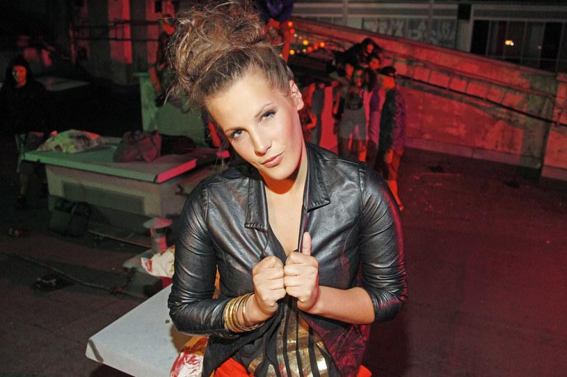 """Klaudia Gawor to zwyciężczyni trzeciej edycji programu """"X Factor"""". Właśnie opublikowała swój nowy singel """"Jesteś ikoną""""."""