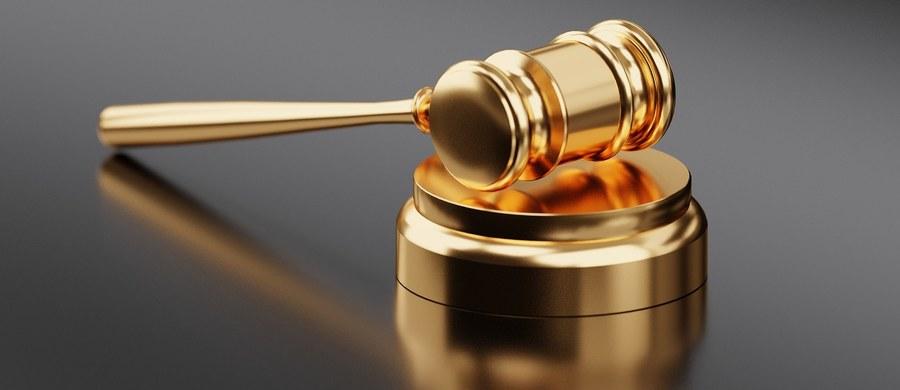Sąd Rejonowy w Goeteborgu nie wyraził zgody na wydanie polskim władzom Stefana Michnika. Powodem odmowy jest przedawnienie zarzucanych Michnikowi czynów oraz jego szwedzkie obywatelstwo.
