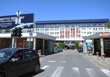 Ciało Gruzina porzucone na terenie szpitala. Zabójstwa dokonano w Ząbkach