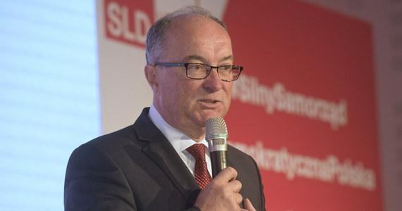 Po długiej dyskusji podjęliśmy dzisiaj decyzję o odpowiedzeniu na apel premierów i przystąpieniu do Koalicji Europejskiej - oświadczył po konwencji SLD lider partii - Włodzimierz Czarzasty.