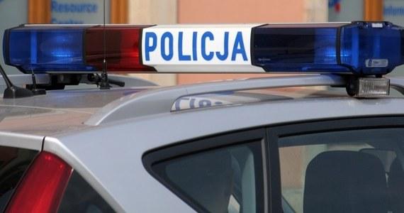 Tragedia w Kłobucku w Śląskiem. Służby ratownicze zostały wezwane do płonącego mężczyzny.