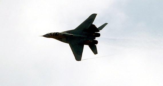 MIGi-29 znów będą latać. Jak dowiedział się reporter RMF FM, na jutro planowane są loty z udziałem tych myśliwców. Maszyny radzieckiej produkcji były uziemione po incydencie, do którego doszło w piątek w Malborku. W trakcie lotu pilot zgłosił rozszczelnienie kabiny, bezpiecznie wylądował.