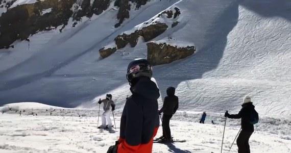 Lawina, która zeszła we wtorek wczesnym popołudniem w Crans-Montana w Alpach Berneńskich w szwajcarskim kantonie Valais, porwała kilkanaście osób - informuje tamtejsza policja. Trwa akcja poszukiwawczo-ratunkowa. Cztery osoby wydobyto do wtorku wieczorem spod śniegu.
