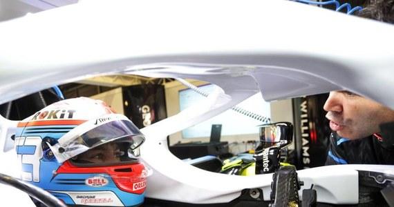 George Russell, a nie Robert Kubica, pierwszy zasiądzie w bolidzie Williamsa podczas środowej, popołudniowej sesji oficjalnych testów Formuły 1 w Barcelonie. Brytyjski team rozpoczyna udział w treningach z dwudniowym opóźnieniem.