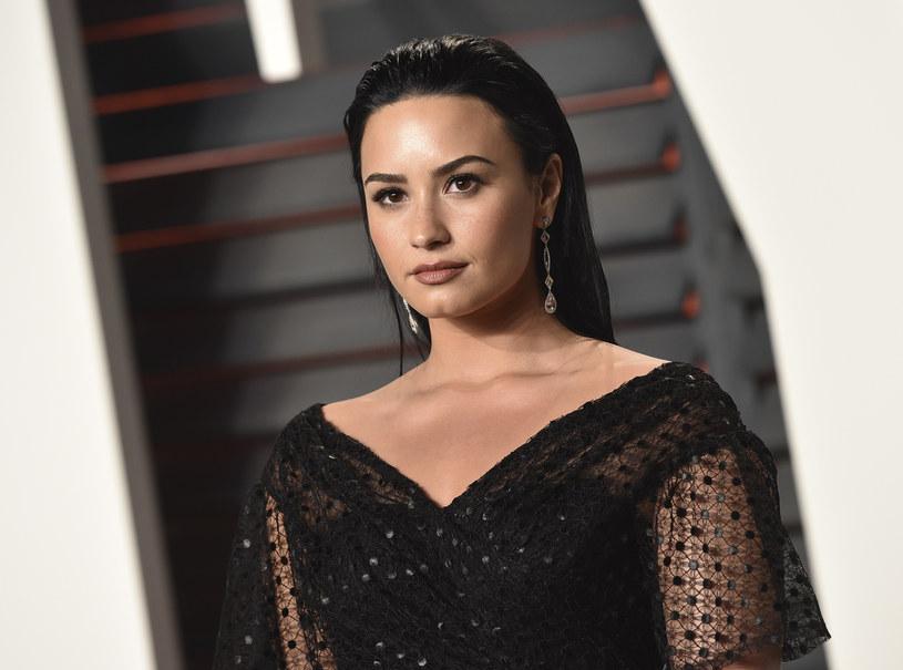 Według nieoficjalnych informacji Demi Lovato trafiła do kliniki na Hawajach. Tym razem ma chodzić o problemy psychiczne wokalistki, która została poddana ostrej krytyce po żartach z 21 Savage'a.