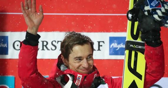 Kamil Stoch zajął pierwsze miejsce w drugiej serii treningu przed mistrzostwami świata w narciarstwie klasycznym w austriackim Seefeld. Polak osiągnął 130,5 m. Szósty był lider klasyfikacji Pucharu Świata Japończyk Ryoyo Kobayashi - 124 m.