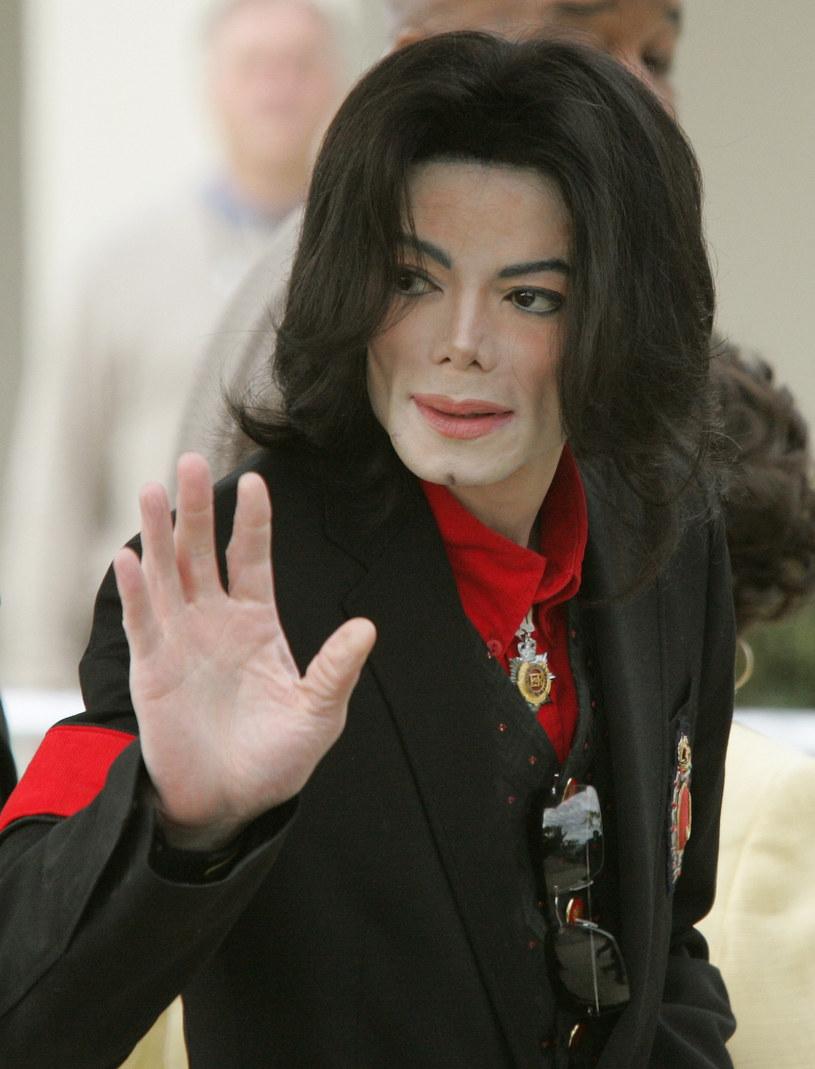 """Ponad 720 tysięcy odsłon w ciągu doby zanotował zwiastun kontrowersyjnego dokumentu """"Leaving Neverland"""", w którym opowiedziano o nadużyciach seksualnych Michaela Jacksona."""