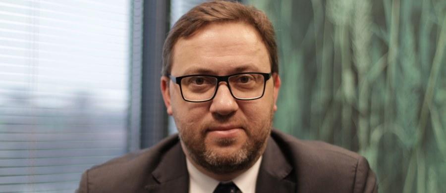 Sejmowa komisja spraw zagranicznych pozytywnie zaopiniowała w czwartek kandydaturę wiceszefa MSZ Bartosza Cichockiego na urząd ambasadora RP na Ukrainie.