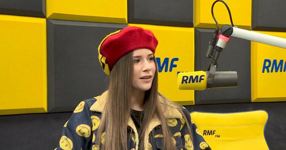 Nigdy nie miałam problemów z ortografią - przyznaje Roksana Węgiel, zwyciężczyni pierwszej polskiej edycji The Voice Kids i Konkursu Piosenki Eurowizji dla Dzieci. Młoda wokalistka 16 marca weźmie udział w V Dyktandzie Krakowskim, a po jego zakończeniu spotka się ze swoimi fanami, rozda autografy.