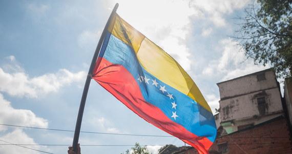 Wenezuelski polityk opozycyjny Freddy Superlano trafił do szpitala w ciężkim stanie po tym, jak został otruty w Kolumbii - informuje partia Voluntad Popular.