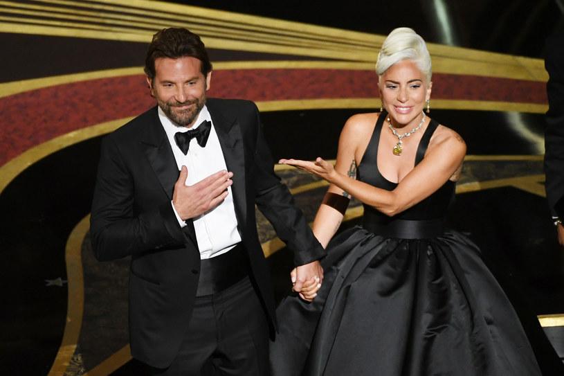 Lady Gaga wprost pożerała wzrokiem Bradleya Coopera podczas wspólnego występu na 91. gali Oscarów, najważniejszych nagród przemysłu filmowego.