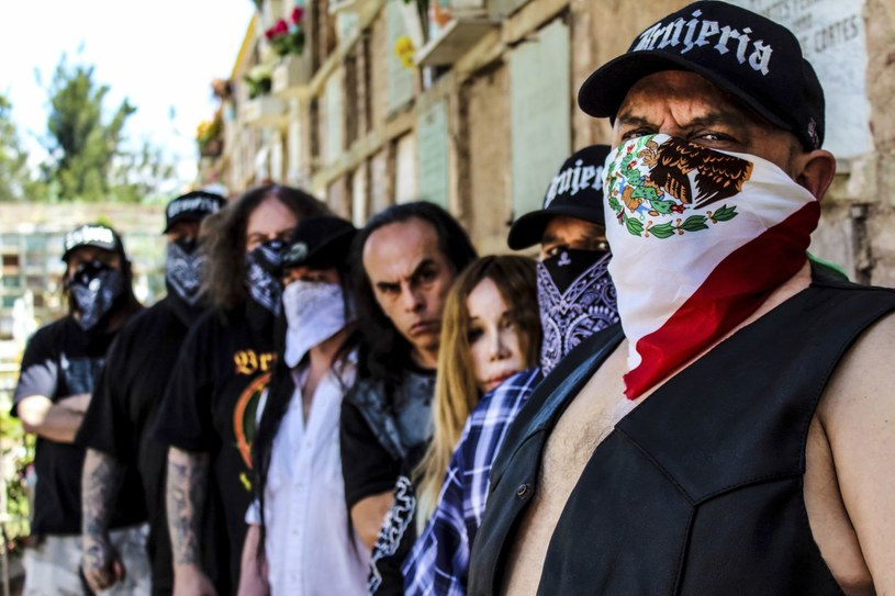 Międzynarodowa grupa Brujeria rodem z Meksyku znów rozprawiła się z kontrowersyjnymi poczynania prezydenta Trumpa.