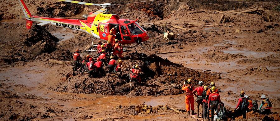 Trwa tragedia rodzin górników z kopalni rudy żelaza należącej do spółki Vale SA w rejonie Brumadinho, w brazylijskim stanie Minas Gerais - w miesiąc po katastrofie naliczono 179 zabitych i 131 zaginionych wskutek lawiny błotnej po pęknięciu zapory.