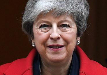 Premier May otworzyła drogę do opóźnienia brexitu