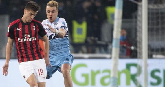 Krzysztof Piątek tym razem bez bramki. Jego AC Milan bezbramkowo zremisował z Lazio Rzym w pierwszym meczu półfinałowym piłkarskiego Pucharu Włoch. Polak grał cały mecz. Rewanż zaplanowano na 24 kwietnia.