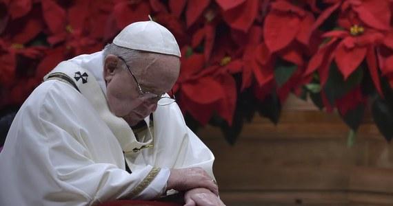 Papież Franciszek przyjął na prywatnej audiencji dwie, pochodzące ze Szwajcarii, ofiary wykorzystywania seksualnego przez duchownych - podały tamtejsze media. W trakcie tego spotkania papież poprosił o przebaczenie w imieniu całego Kościoła.