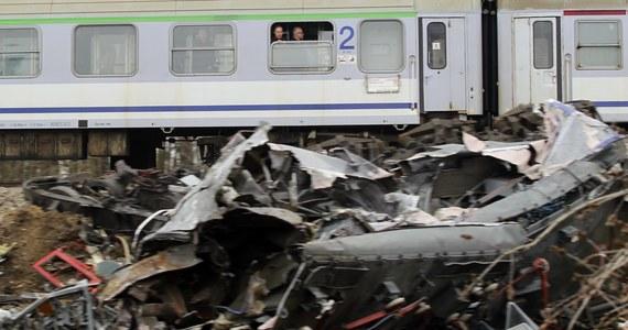 W siódmą rocznicę katastrofy kolejowej pod Szczekocinami pamięć ofiar tego wypadku uczcili  ich bliscy, uczestnicy akcji ratowniczej, przedstawiciele władz i spółek kolejowych oraz okoliczni mieszkańcy.
