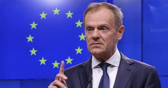 Przewodniczący Rady Europejskiej Donald Tusk ostrzegł przed niebezpieczeństwem zewnętrznych ingerencji w majowe wybory do Parlamentu Europejskiego. Jako przykład takich wcześniejszych ingerencji podał referendum w Wielkiej Brytanii w sprawie brexitu.