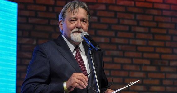 """Znany z tzw. taśm Kaczyńskiego kuzyn prezesa PiS Grzegorz Tomaszewski w stanie wojennym pracował przy tajnym projekcie dla armii PRL. """"Wszyscy uczestniczyliśmy w systemie"""" - mówi Onetowi  Tomaszewski."""