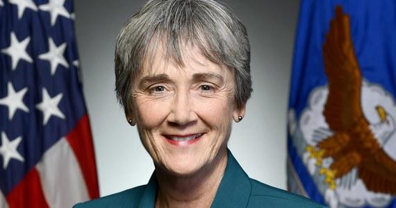 Sekretarz do spraw sił powietrznych w ministerstwie obrony USA Heather Wilson zapowiedziała rezygnację z tego stanowiska i powrót do działalności akademickiej, co oznacza kolejny wakat na wyższych szczeblach Pentagonu.